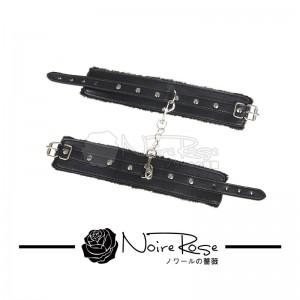 NOIRE-ROSE FETTERS